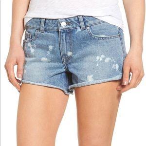 DL1961 Cut Off Shorts
